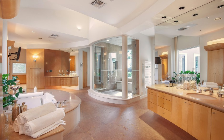79-luxury-bathroom