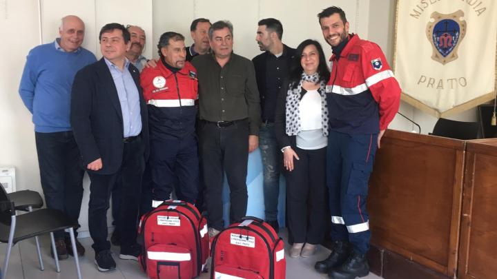 Donati due zaini sanitari da parte della Misericordia di Prato all'ANC.
