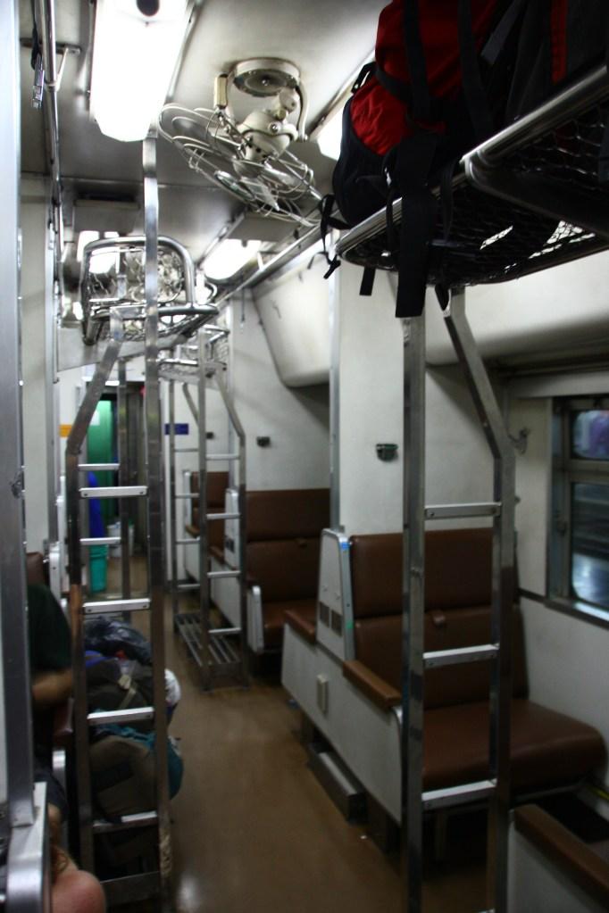 Ca-n tren – de la Bangkok la Chang Mai