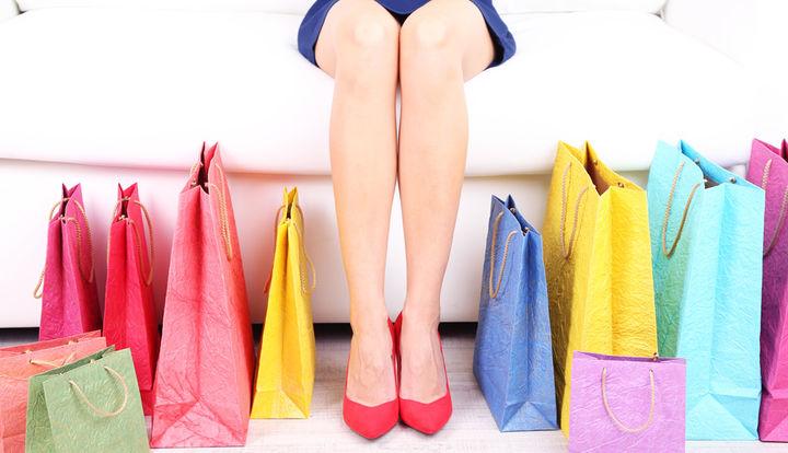 Cum să îți planifici bugetul de shopping pentru sezonul de reduceri
