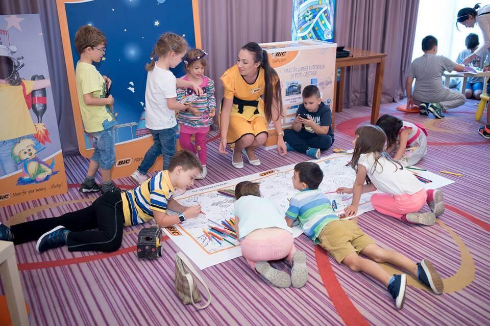 scoala de astazi - Conferinta Social Moms