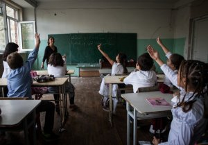 Armenians Fleeing Anew as Syria Erupts in Battle