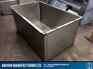 vets kennel upright steel box frame