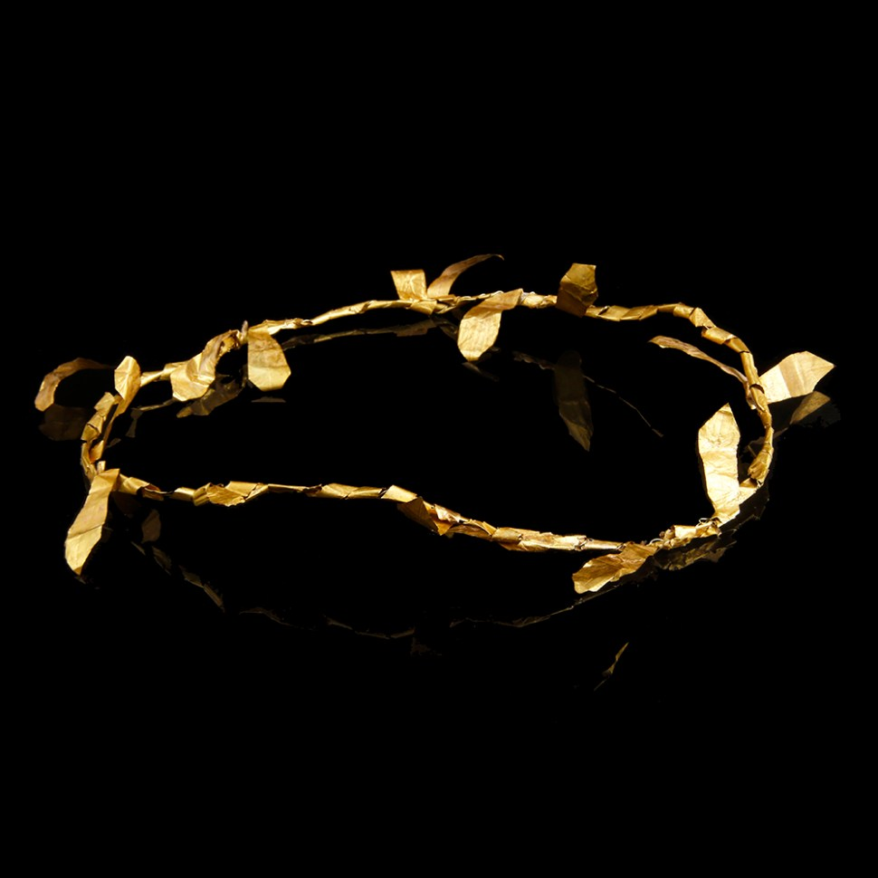 greek hellenistic gold diadem with laurel leaves
