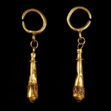 Ancient Roman Earrings with Hercules Club Pendant