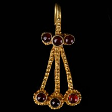 Western Asiatic Gold and Garnet Pendant