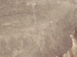 Nazca_Lines,_Humming_Bird