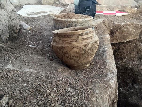 La cerámica encontrada en el sitio de la pirámide de Kazajstán