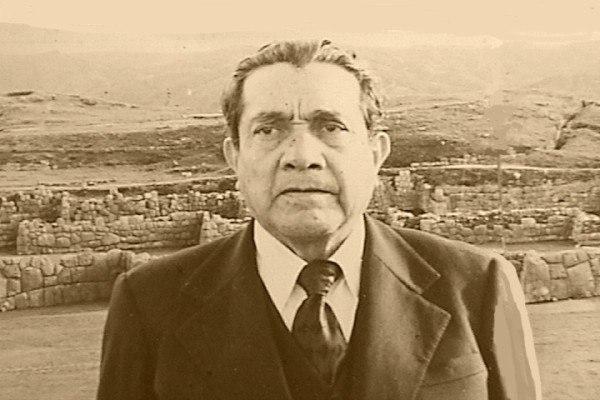 Alfredo Gamarra en Sacsayhuaman.