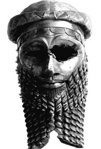 Cabeza de bronce de un antiguo rey, muy probablemente Sargón de Acad. (Public Domain)