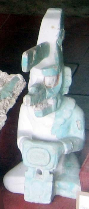 Estatuilla de K'awiil descubierta en Tikal (CC BY 2.0)