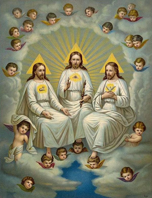 Representación de la Santísima Trinidad cristiana. Las tres personas de la Trinidad se identifican por los símbolos presentes en su pecho: el Hijo tiene un cordero, el Padre, un Ojo de la Providencia, y el Espíritu Santo, una paloma. (Dominio público)