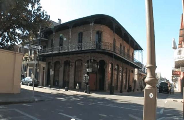 Cruce de Ursulines Avenue con Royal Street, Nueva Orleans. (The PJV)