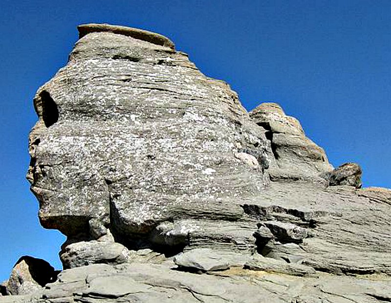 """Fotografía de """"La Esfinge"""" de los Montes Bucegi, ubicados en los Cárpatos, Rumanía. (Radu Privantu/CC BY 2.0)"""