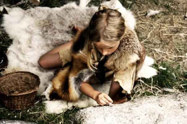 Niño de edad humana de la Edad de Piedra. Fuente: pxhere / Dominio Publico.