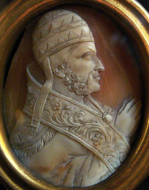 Pope Nicholas III Cameo