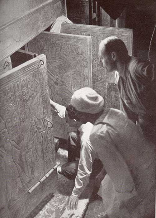 The moment Howard Carter opens the tomb of Tutankhamun