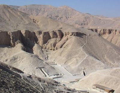 Tomb KV35 valley of the kings - La búsqueda para encontrar Nefertiti, reina del Nilo