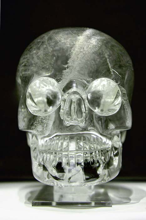 The crystal skull at the British Museum, similar in dimensions to the more detailed Mitchell-Hedges skull. (Rafał Chałgasiewicz/CC BY 3.0)