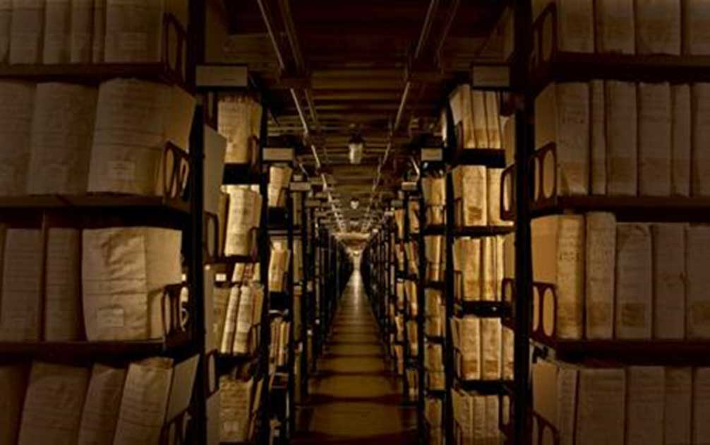 Top 10 Secrets of the World: Vatican Secret Archives