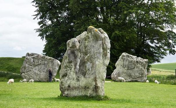 círculo de piedra de Avebury. Imagen de Freddy Silva