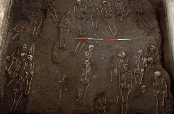 Numerosos esqueletos de monjas sexualmente perversos descubiertos en Oxford