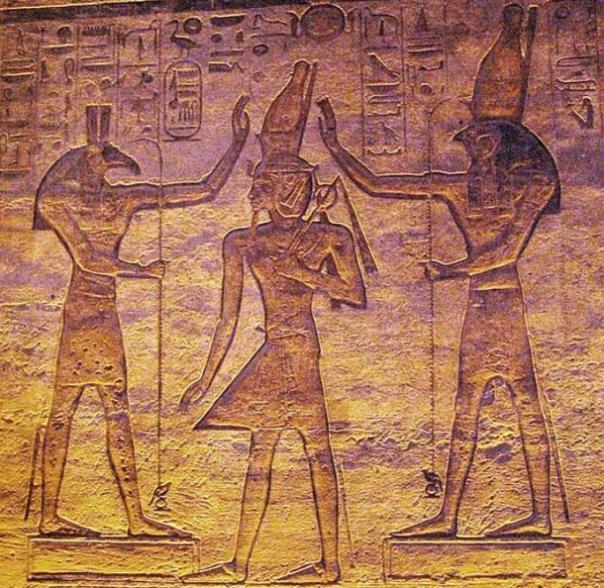 Set (Seth) y Horus adorando Ramsés.