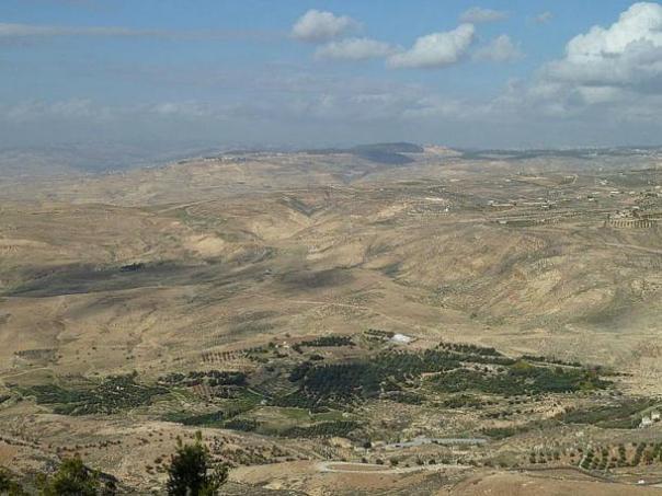 La ciudad de Tall el-Hammam está situado en el sur del valle del río Jordán.