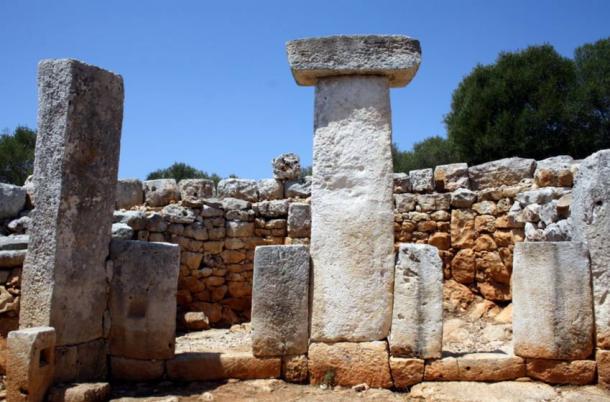Taulas on Menorca - Les Taules de Menorca