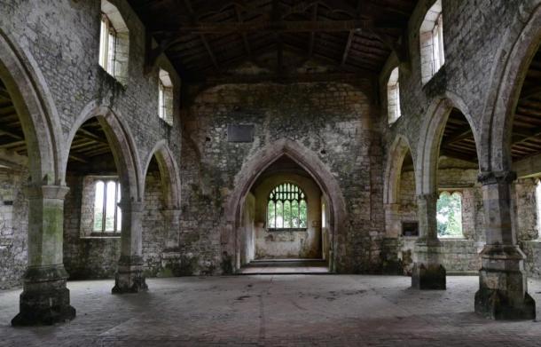 La nef à l'intérieur de l'église St. Botolph («l'église des démons») à Skidbrooke.  (Michael Garlick / CC BY-SA 2.0)