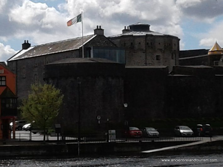 Visit Ireland and Athlone Castle on the Shannon