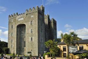 Ireland vacations Bunratty Castle