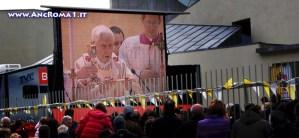 Il Papa inaugura una nuova parrocchia all'Infernetto.
