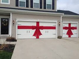 Garage Door Holiday Decorating Ideas