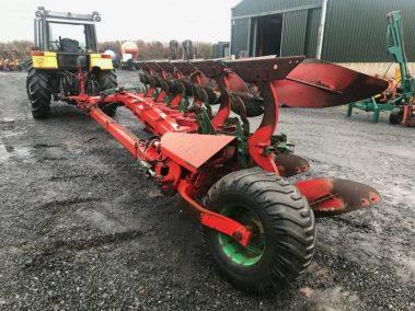 Kverneland 6 furrow semi mounted PB plough