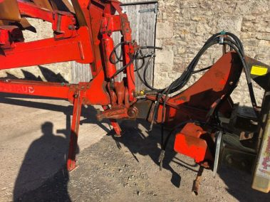 Naud 62 plough