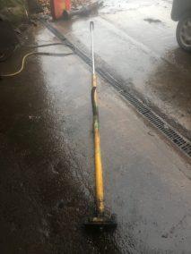 post driver hydraulic cylinder