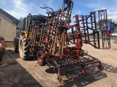 kverneland combo cultivator