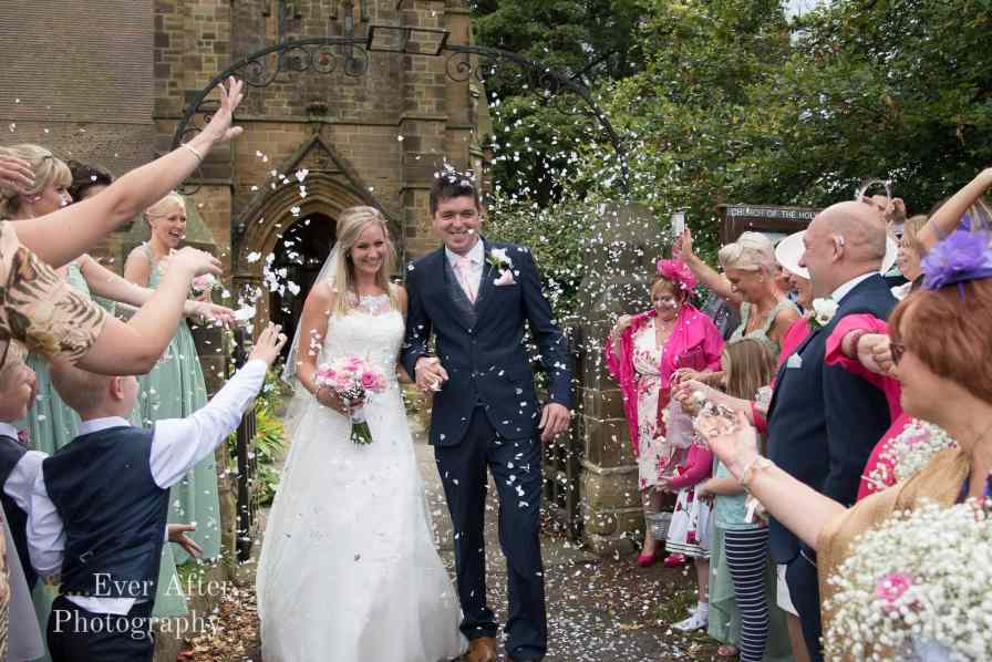 wedding, confetti, just married, bride and groom