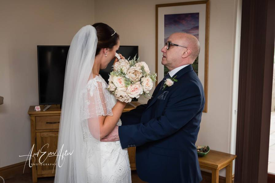 father of the bride, wedding day, photography