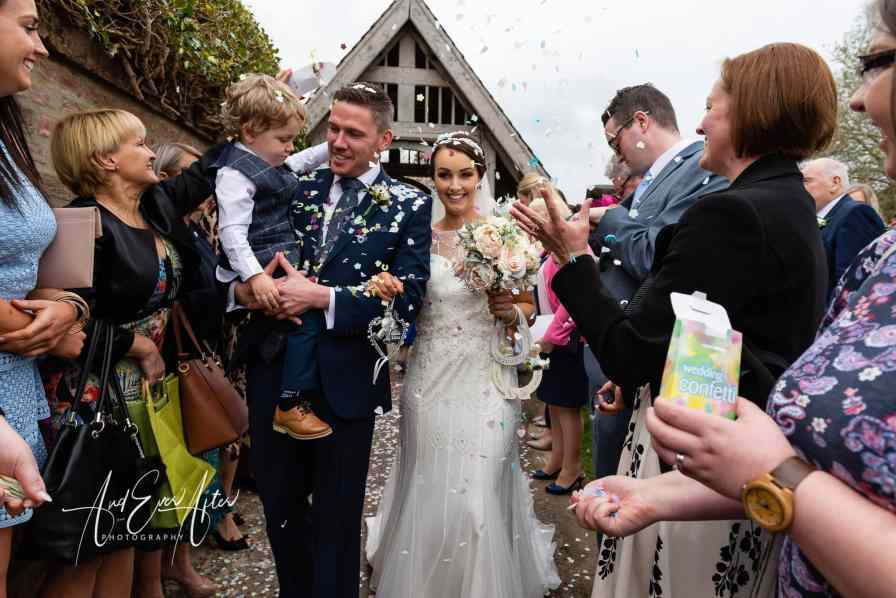 bride, groom, wedding day, love, confetti throw