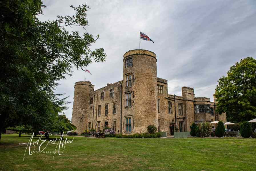 County Durham wedding photographer, walworth castle weddings