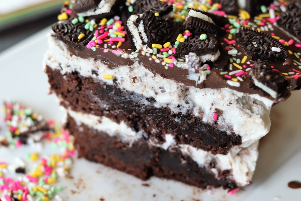 Cookies n Cream Brownie Ice Cream Cake
