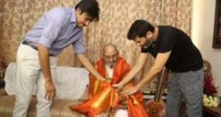 Pawan honored the living legend K Viswanath
