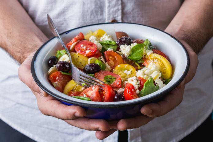 salata de rosii-5