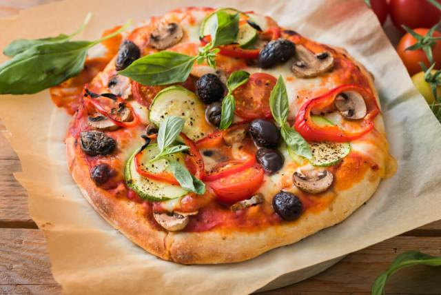 pizza vegetariana clasica
