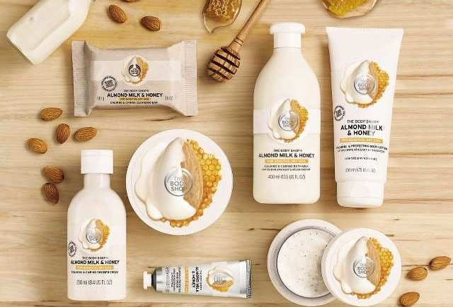 The Body Shop Almond Milk & Honey Linea Completa