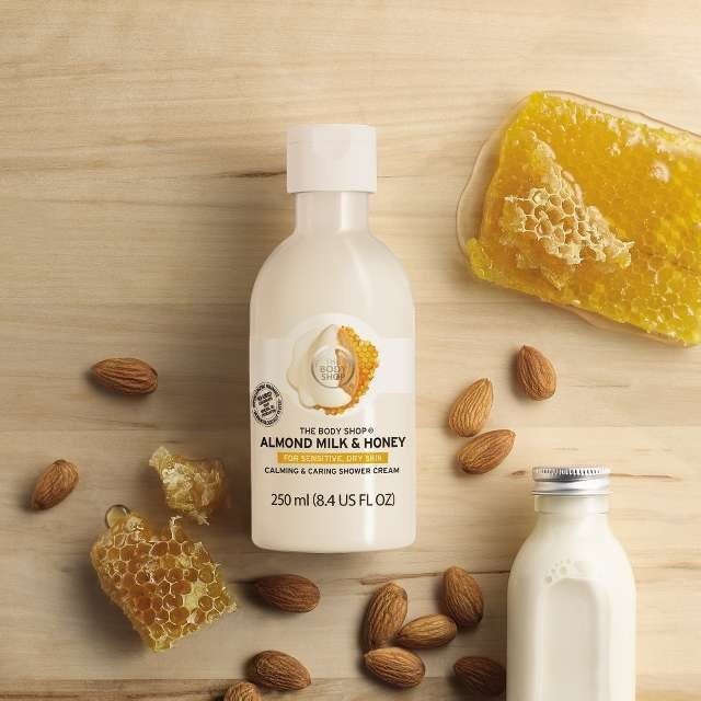 almond-milk-honey-calming-caring-shower-cream