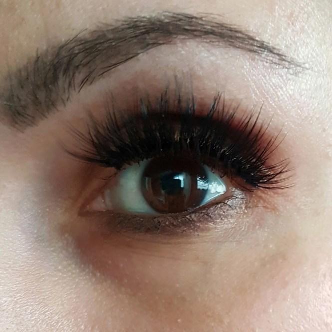 Violet Voss Eye DGAF