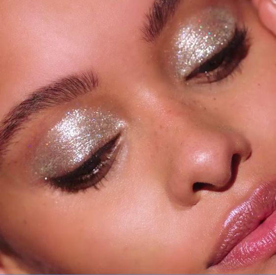makeup glitter argento